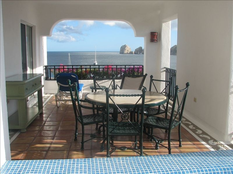 cabo-vacation-rentals-for-families.jpg